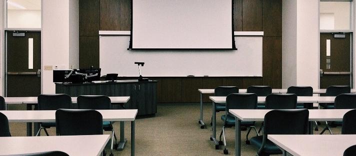Por qué los centros educativos deben digitalizar sus documentos